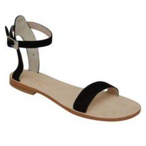NWOT CoRNETTI Black Suede Sandal Size 7